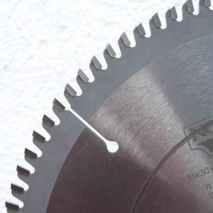 Večnamenska krožna žaga 250 z48