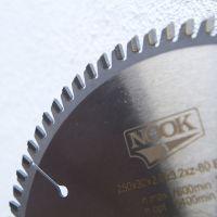 Žaga za aluminij 250 z80